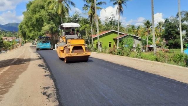 Akhirnya Ruas Ujung Lamuru-Palattae-Bojo Diperlebar, Warga Bone-Sinjai : Terima Kasih Bapak Plt Gubernur