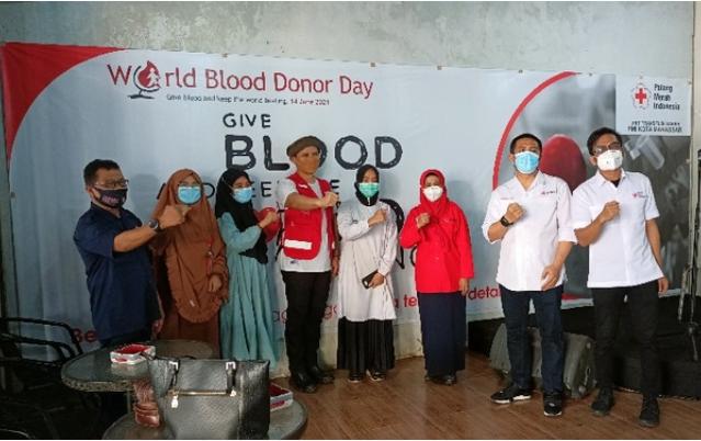 PMI Makassar Kukuhkan Fadli Padi Jadi Duta Donor Darah, Pada Peringatan Hari Donor Sedunia