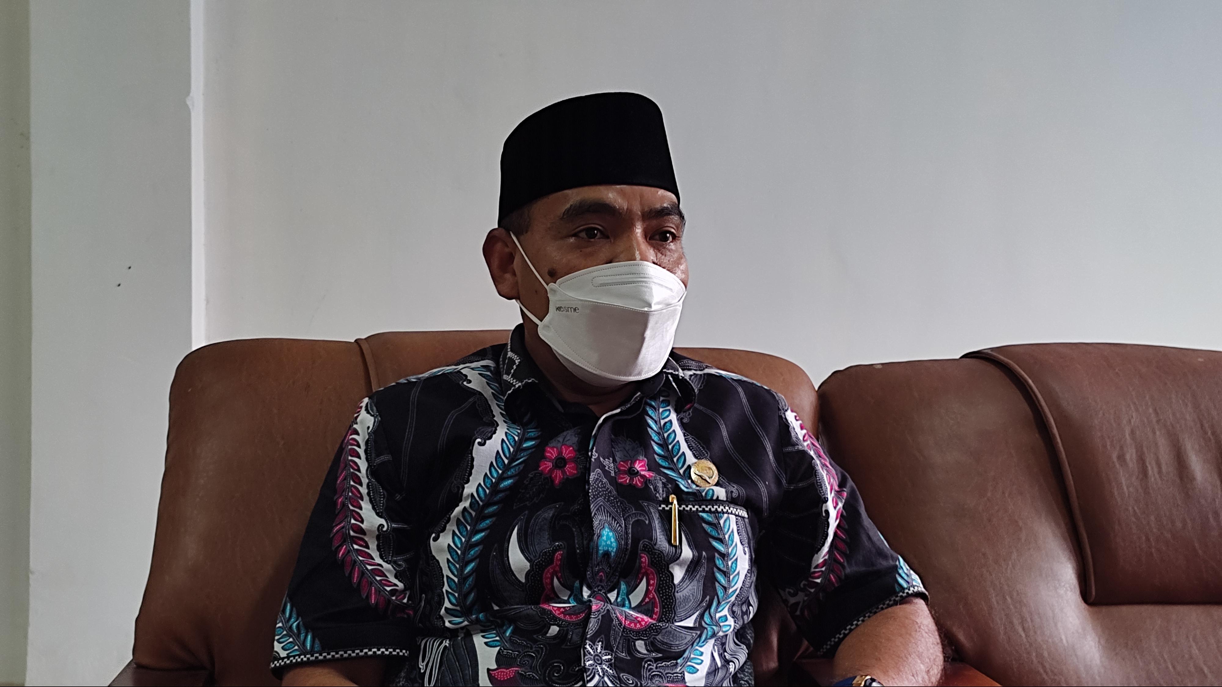 Ketua DPRD Kota Baubau Himbau Masyarakat Patuhi Prokes 5 M