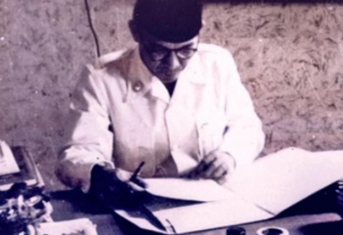 Repotnya Menyusun Pidato Soekarno